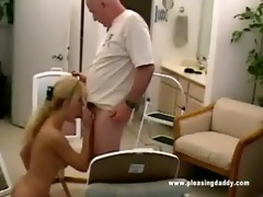 nicole moore sucks off dave cummings old knob