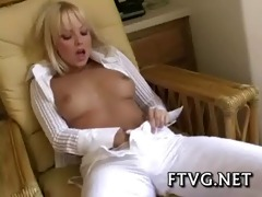 raunchy chick shows body