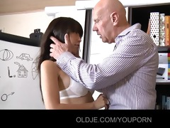 mature guy is fucking a youthful asiatic beauty
